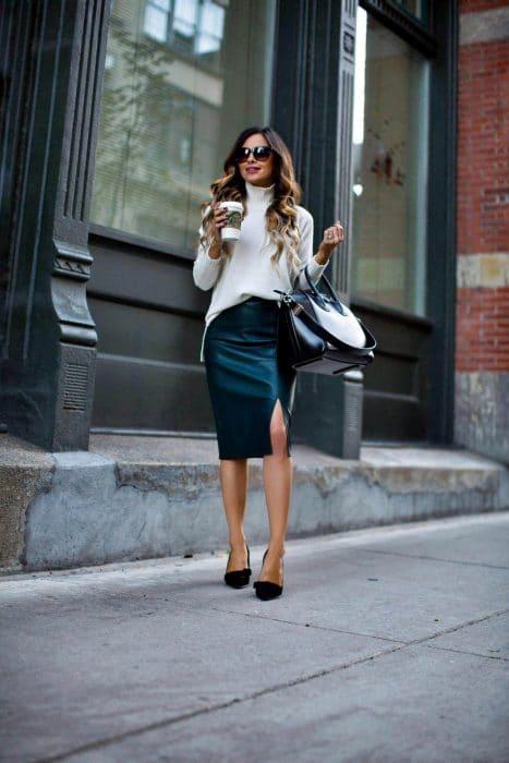 falda lapiz cuero zara
